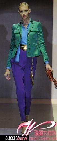 Gucci 2011春夏系列哈伦丝绸高腰裤方便身材娇小的MM选择