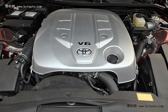四款搭载V6发动机中级车 丰田锐志