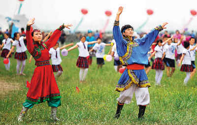 草原小骏马舞蹈服装_草原舞蹈_草原小骏马舞蹈,舞蹈美丽的草原我的家