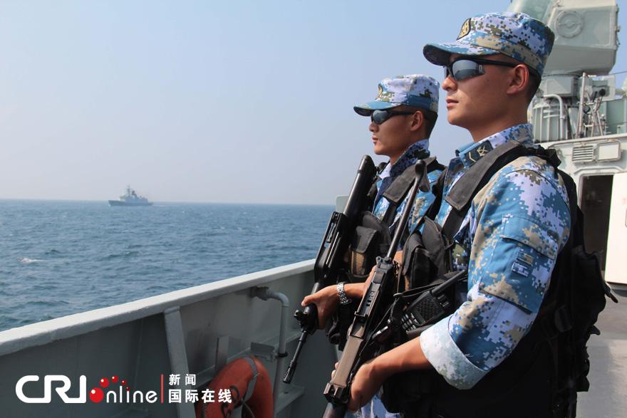 中国海军第九 十批护航编队会师亚丁湾 高清组图