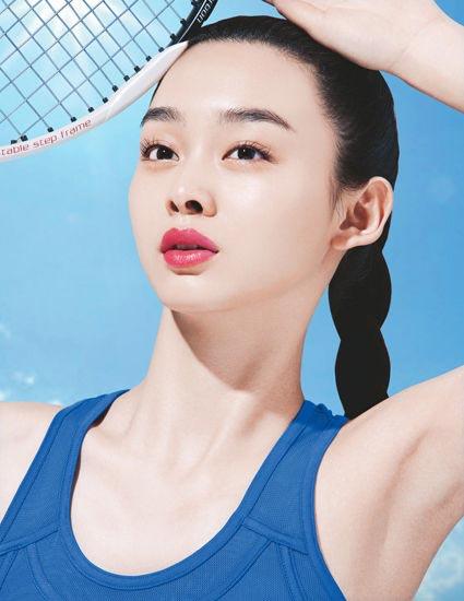 进入夏季,防晒成为女性护肤的必修课