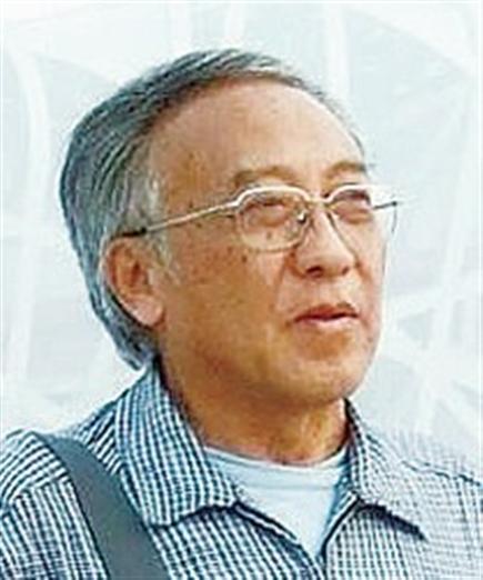 杨继仁,1942年出生于上海,上海美术家协会会员 长期从事学