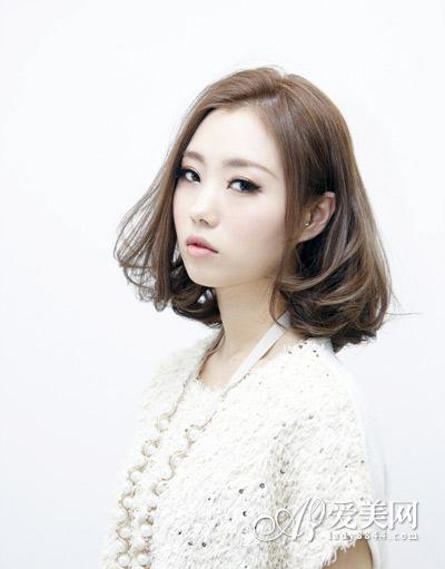 韩式短发烫发发型 甜美ol通勤百变