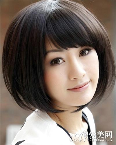 漂亮的短发假发发型 最具时尚魅力