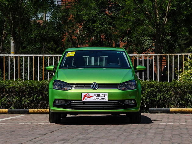 编辑点评:   polo外形可爱更具备大众家族的特征,在小型车中