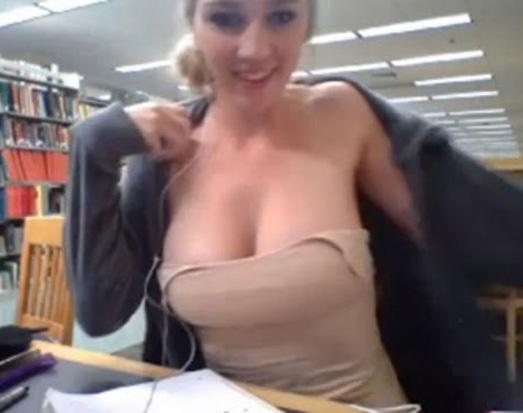 19岁女孩Kendra Sunderland在俄勒冈州立大学图书馆内拍摄了一部大尺度影片并上传至网络。目前,女孩已经被逮捕,并且被指控公然猥亵罪,一旦罪名成立,她将面临监禁或者罚款处罚。