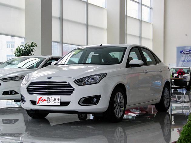 长安福特福睿斯优惠0.6万 店内现车销售高清图片